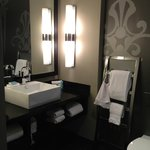 W Atlanta Midtown - Room 1606 Bath