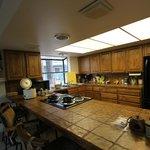 Fiske Cabin - kitchen