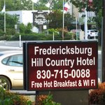 Photo de Fredericksburg Hill Country Hotel