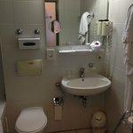 bagno: piccolo ma pulito ed attrezzato