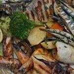 assiette poissons grillés pour deux 20 €