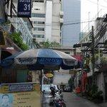 Alley Soi 31