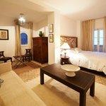 Suite Mohamed Choukri