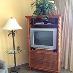 tv, room 502