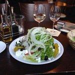 Tunfischsalat ohne Marinade, ohne ist ein extrawunsch, denn dieser kommt normal mit gutem Hausdr