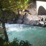 Nydelig beliggenhet ved elven. ...