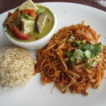 Lunch special: Phad Thai + Avocado Green Curry Tofu with brown rice and served with soup.