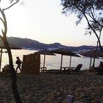 Las hermosas playas de Parag se pueden disfrutar desde cualquier angulo de Almyra e ir caminando