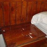 ¡Muebles chorreados de pintura!