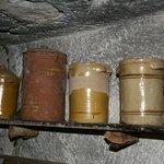 Tradizionali recipienti per conserve alimentari