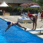 piscina e trampolino