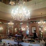 buffet breakfast room.