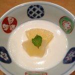 デザートは杏仁豆腐