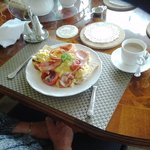 Full hot breakfast made for us every morning and served in the beautiful dining room!