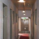 内部の廊下
