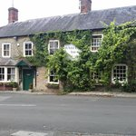 The White Lion, Bourton