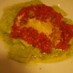 Pesto Ravioli with Fresh Tomato Sauce (Zembi a-u pesto)