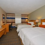 Lamplighter Inn & Suites North Foto