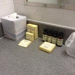 suplementos do banheiro, reabastecidos frequentemente!