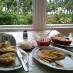 Delicious dinner at Comedor Maris
