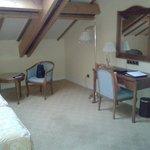 Habitación muy amplia y cómoda