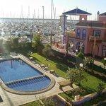 Photo de Apartamentos Marina Internacional