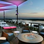 Memphis Nightlife at Twilight Sky Terrace at Madison Hotel