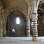 Siracusa - Castello Maniace (sala ipostila)