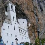 Monastère d'OSTROG (excursion à réserver à la réception de l'hotel, c'est moins cher)