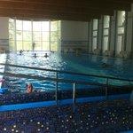 La piscina con idromassaggi