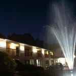 Night view/water fountain