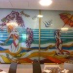 Wunderschöne Glasmalereien im Speisesaal