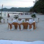 Der er bestilt bord på stranden.