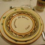 piatti in ceramica dipinta