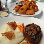 8 oz Filet with garlic mashed potatoes. Side order of Onion Rings.