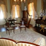 Beautifully furnished Parlor
