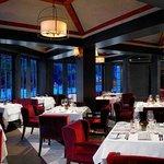 Santé Restaurant Dining Room