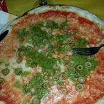 pizza pesto e olive