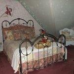 Cirque guest room