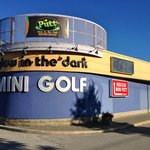 Putt Mini Golf in Barrie