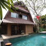 Outdoor Pool Villa Sungu