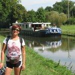 Boat on the Canal du Centre (Santenay-Chagny)