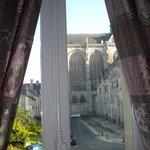 vue sur la cathédrale chambre CYRANO