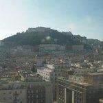 ホテルからの眺望 ナポリの丘