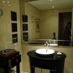 30階の部屋のバスルーム