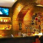 Pub, Hotel Cuenca, Azuay, Ecuador.