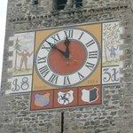 Kirchenturm-Ausschnitt