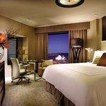 Deluxe Full Harbour room