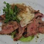 Gegrilde steak met verse truffel en Parmazaan