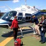 saindo do helicoptero